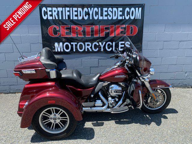 2015 Harley-Davidson FLHTCUTG Tri Glide Ultra Classic