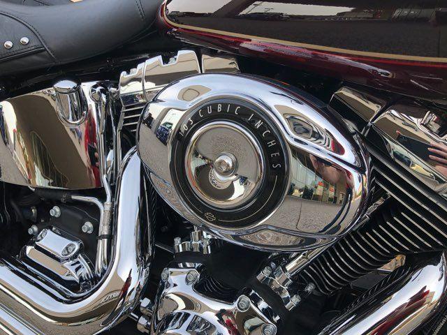 2015 Harley-Davidson FLSTC Heritage Softail Classic in McKinney, TX 75070