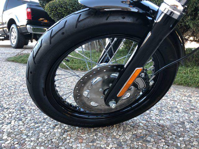 2015 Harley-Davidson Dyna Street Bob *** ONLY 767 MILES *** in McKinney, TX 75070