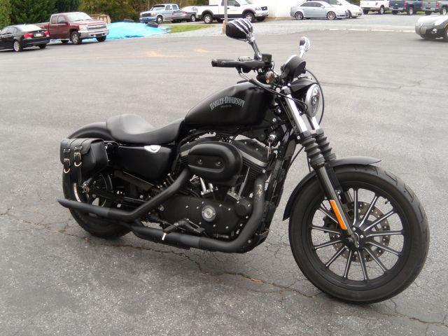 2015 Harley-Davidson Iron 883 XL883N in Ephrata, PA 17522