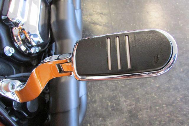 2015 Harley-Davidson Road Glide® Base Arlington, Texas 15