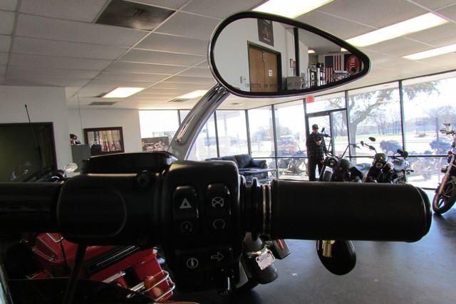 2015 Harley-Davidson Road Glide® Base Arlington, Texas 35