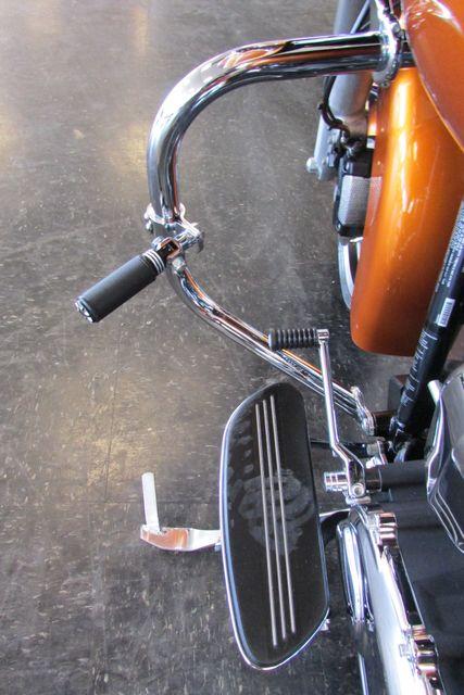 2015 Harley-Davidson Road Glide® Base Arlington, Texas 45