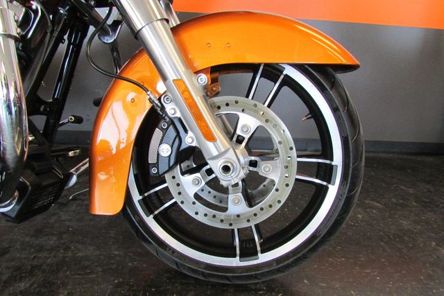 2015 Harley-Davidson Road Glide® Base Arlington, Texas 7