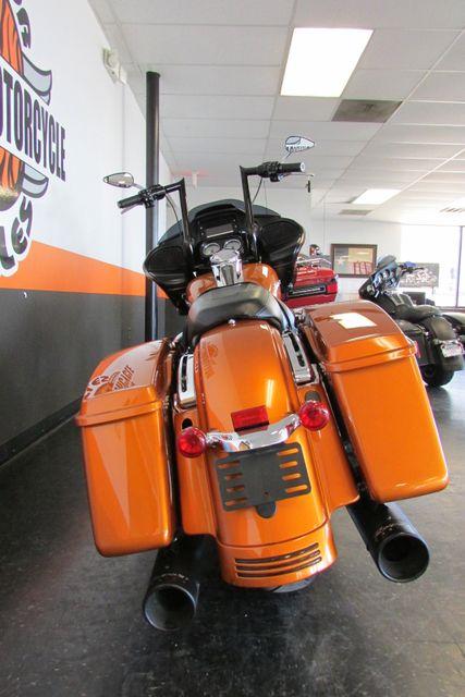 2015 Harley-Davidson Road Glide® Base Arlington, Texas 8