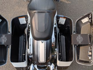 2015 Harley-Davidson Road Glide® Base Bend, Oregon 6