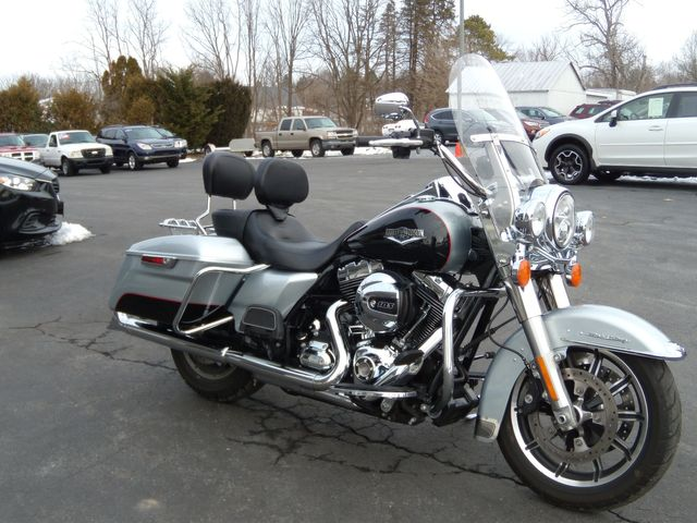 2015 Harley-Davidson Road King® FLHR