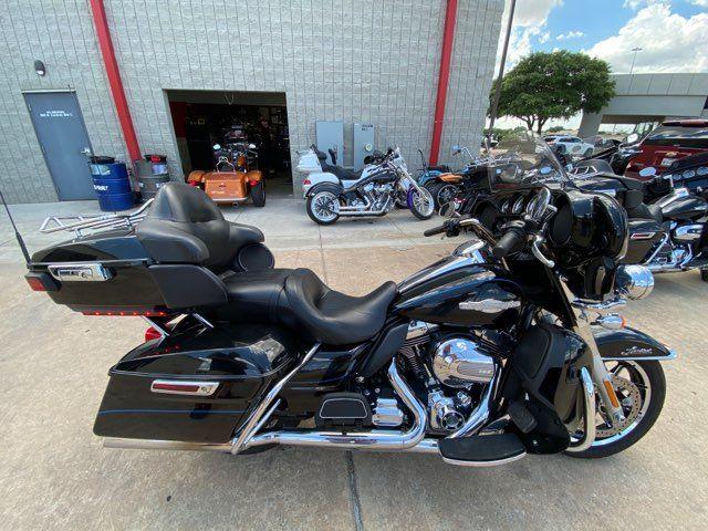 2015 Harley-Davidson Ultra Limited Peace Officer Special Edition FLHTK