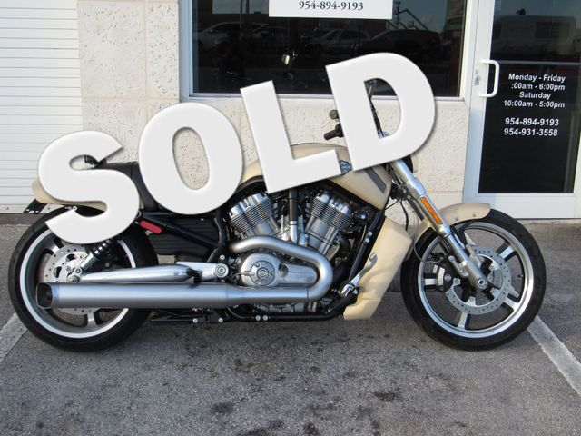2015 Harley Davidson VRSC V-Rod Muscle in Dania Beach , Florida 33004