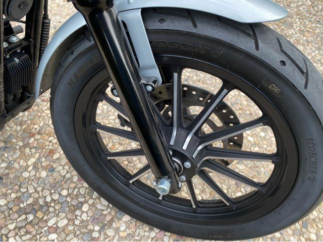 2015 Harley-Davidson XL883N Sportster Iron 883 in McKinney, TX 75070