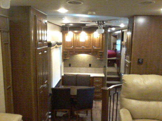 2015 Heartland BIG COUNTRY 3700 FL 5th Wheel RV Boerne, Texas 13