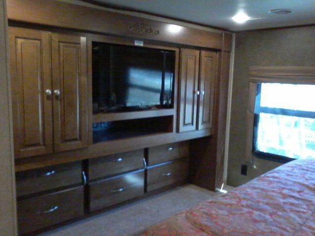 2015 Heartland BIG COUNTRY 3700 FL 5th Wheel RV Boerne, Texas 31