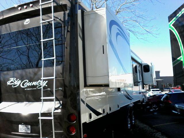 2015 Heartland BIG COUNTRY 3700 FL 5th Wheel RV Boerne, Texas 5