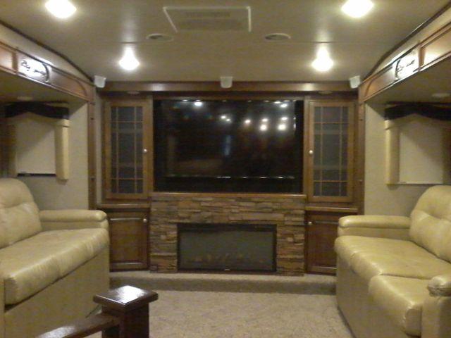 2015 Heartland BIG COUNTRY 3700 FL 5th Wheel RV Boerne, Texas 10