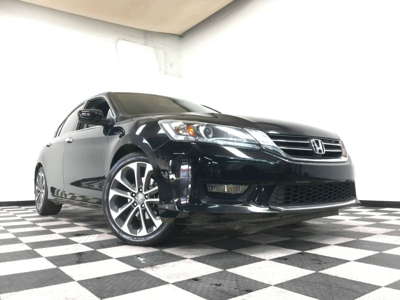 2015 Honda Accord *Drive TODAY & Make PAYMENTS* | The Auto Cave in Addison