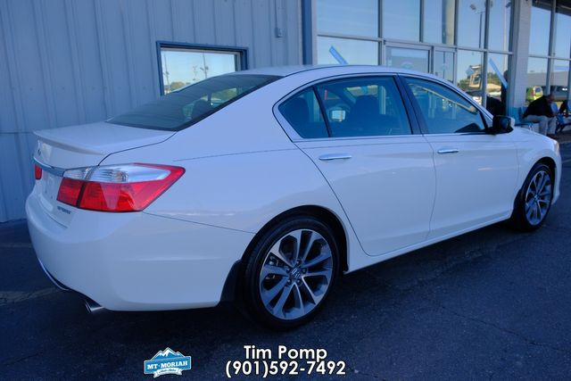 2015 Honda Accord Sport /1 OWNER in Memphis, Tennessee 38115