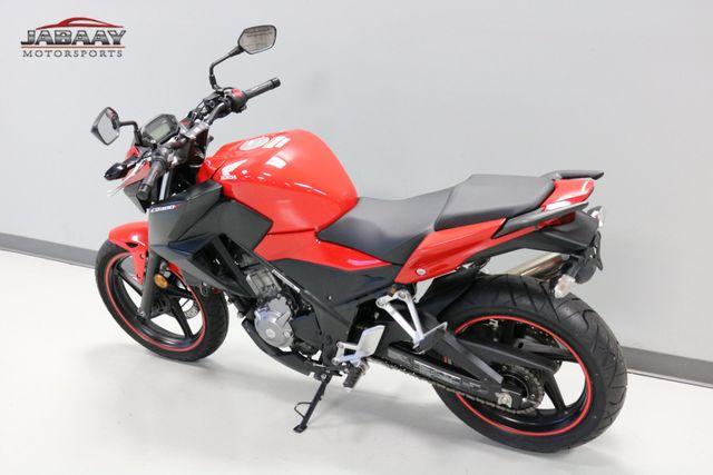 2015 Honda CB® 300F Merrillville, Indiana 4
