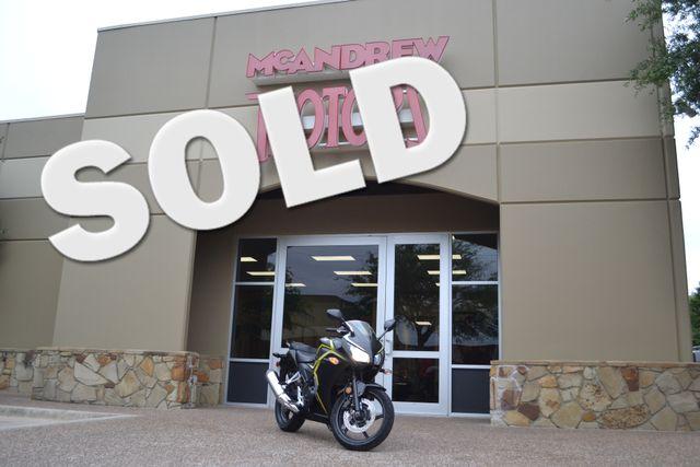 2015 Honda CBR300r FINANCING AVCAILABLE