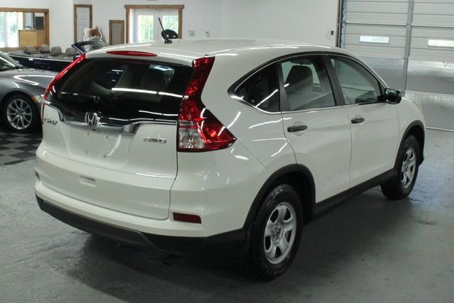 2015 Honda CR-V LX AWD Kensington, Maryland 4