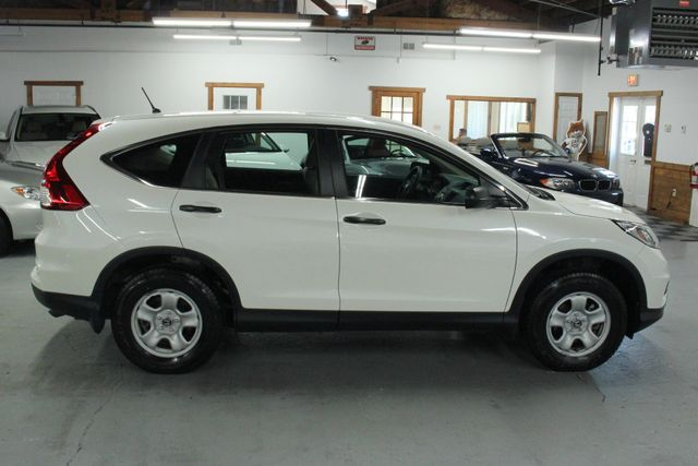 2015 Honda CR-V LX AWD Kensington, Maryland 5