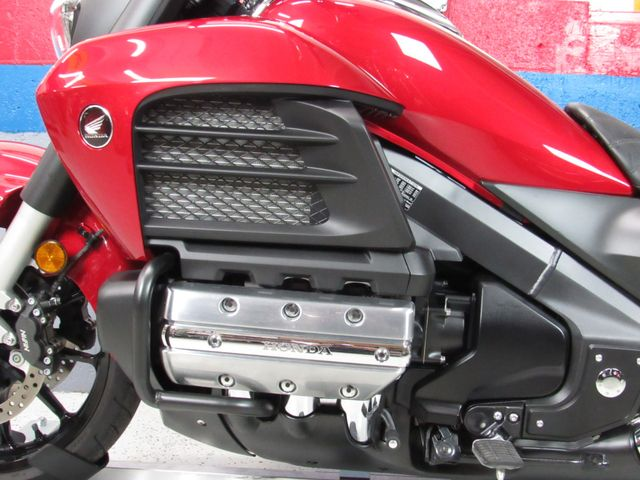 2015 Honda Gold Wing Valkyrie in Dania Beach , Florida 33004