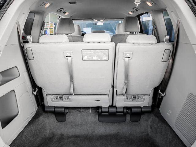 2015 Honda Odyssey EX Burbank, CA 18