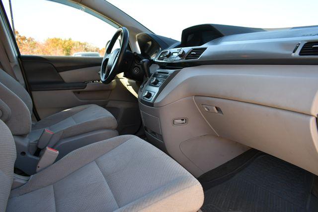 2015 Honda Odyssey LX Naugatuck, Connecticut 8