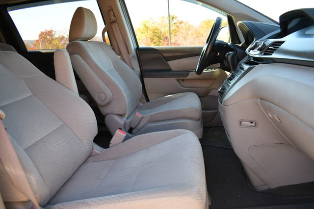 2015 Honda Odyssey LX Naugatuck, Connecticut 9
