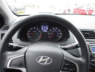 2015 Hyundai Accent 5-Door GS Jamaica, New York 20