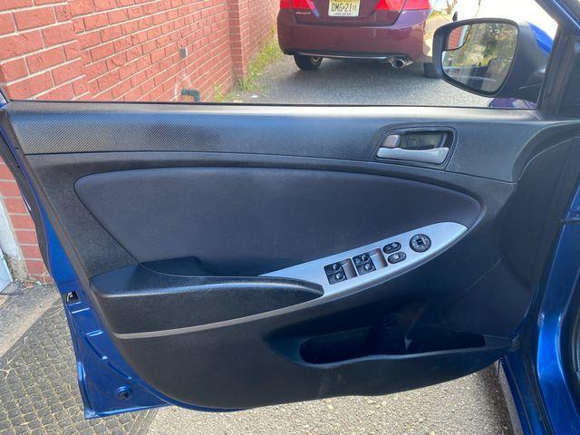 2015 Hyundai Accent 5-Door GS New Brunswick, New Jersey 12