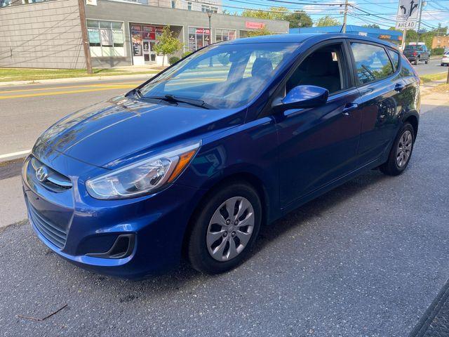 2015 Hyundai Accent 5-Door GS New Brunswick, New Jersey 2