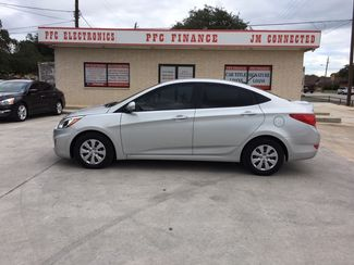 2015 Hyundai Accent GLS in Devine Texas, 78016
