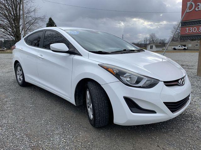 2015 Hyundai Elantra SE in Dalton, OH 44618