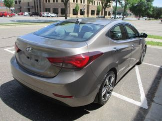 2015 Hyundai Elantra Limited Farmington, MN 1