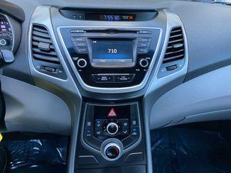 2015 Hyundai Elantra SE Farmington, MN 7