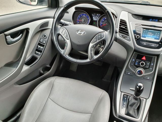2015 Hyundai Elantra Limited in Louisville, TN 37777