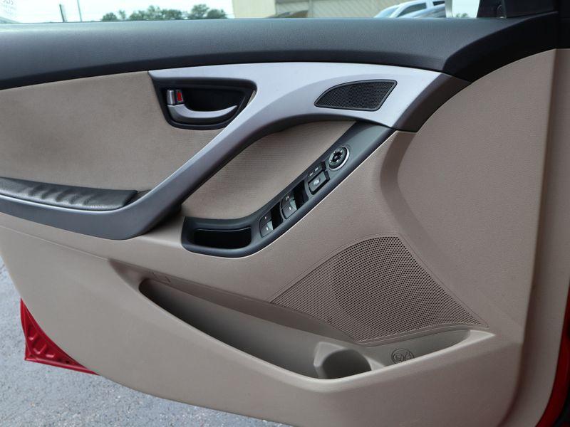 2015 Hyundai Elantra SE  in Maryville, TN