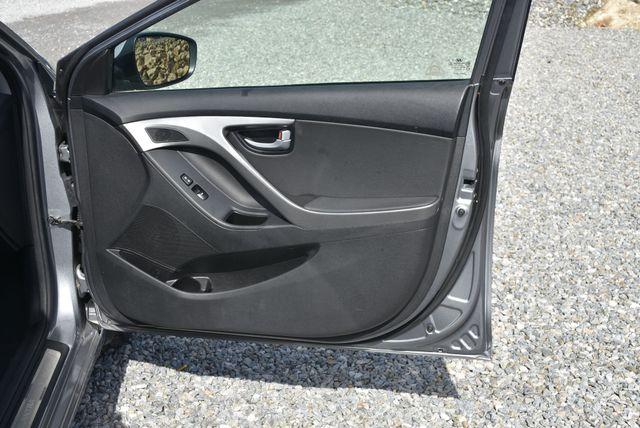 2015 Hyundai Elantra Limited Naugatuck, Connecticut 8