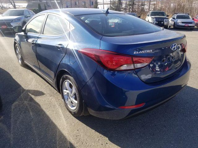 2015 Hyundai Elantra SE Newport, VT 1