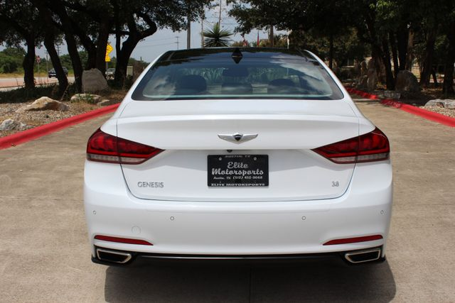 2015 Hyundai Genesis 3.8L Austin , Texas 8