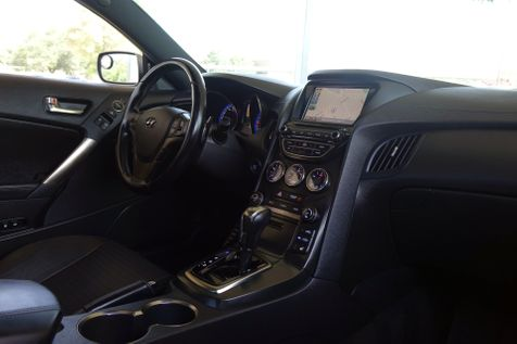 2015 Hyundai Genesis Coupe 3.8L Ultimate*Sunroof*Nav*EZ Finance** | Plano, TX | Carrick's Autos in Plano, TX