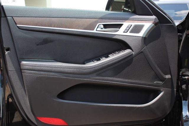 2015 Hyundai Genesis 5.0L in Jonesboro, AR 72401