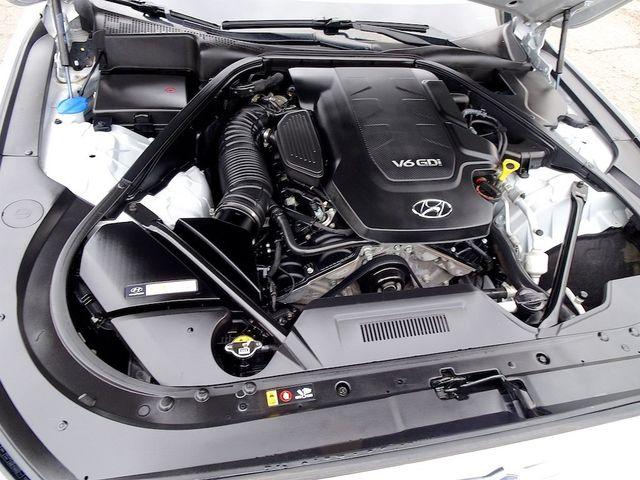 2015 Hyundai Genesis 3.8L Madison, NC 51