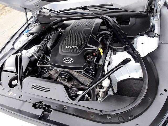 2015 Hyundai Genesis 3.8L Madison, NC 52