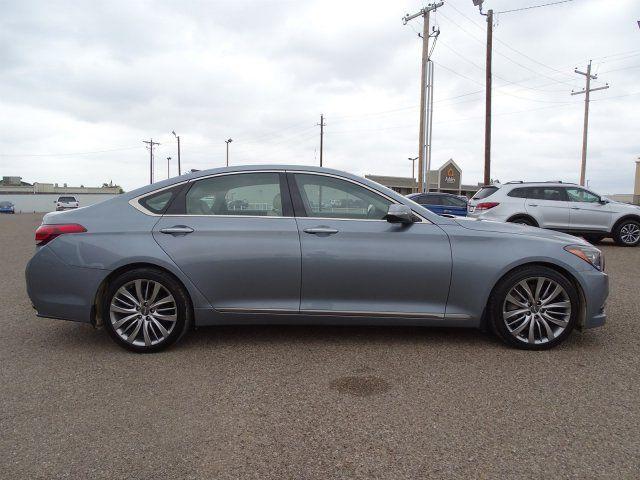 2015 Hyundai Genesis 5.0L in Marble Falls, TX 78654