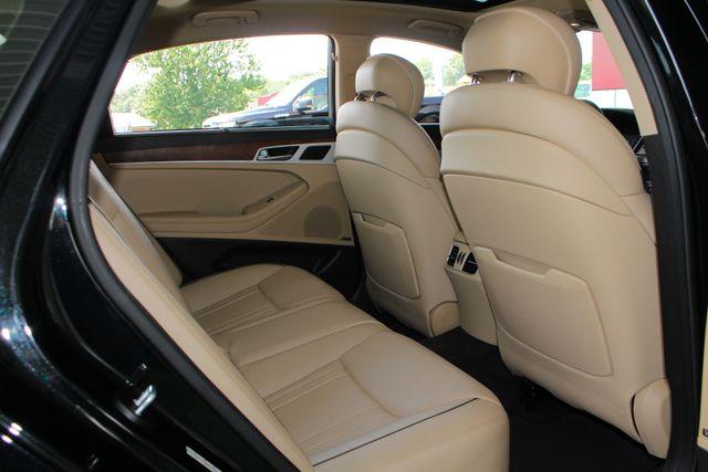 2015 Hyundai Genesis 5.0L RWD - NAV - DUAL SUNROOFS - SMART CRUISE! Mooresville , NC 44