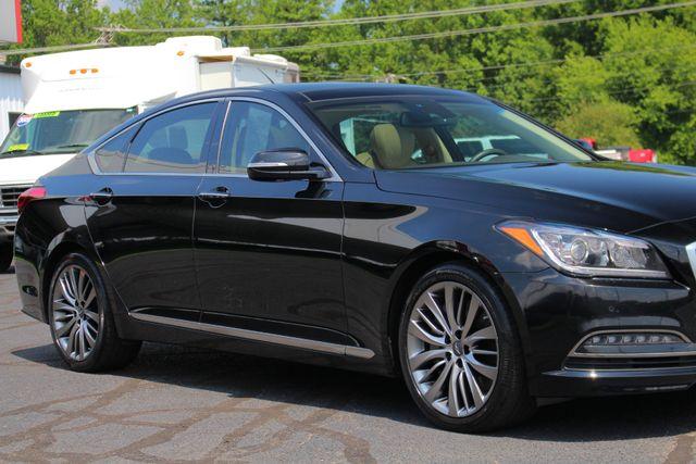 2015 Hyundai Genesis 5.0L RWD - NAV - DUAL SUNROOFS - SMART CRUISE! Mooresville , NC 26