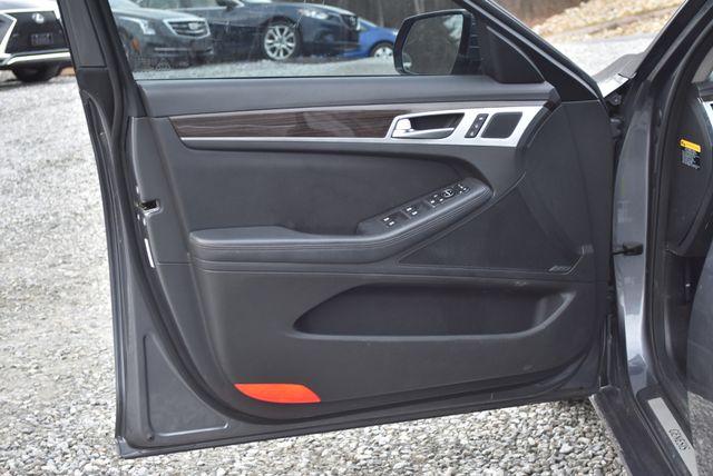 2015 Hyundai Genesis 3.8L Naugatuck, Connecticut 10