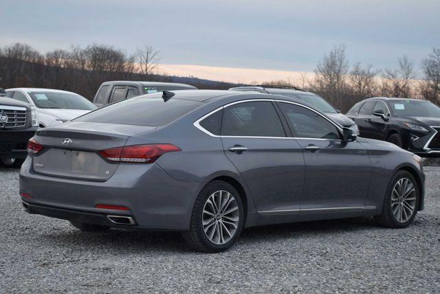 2015 Hyundai Genesis 3.8L Naugatuck, Connecticut 4