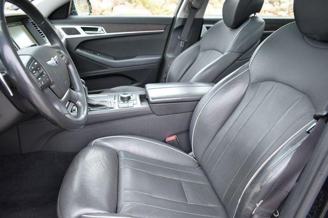 2015 Hyundai Genesis 3.8L AWD Naugatuck, Connecticut 22
